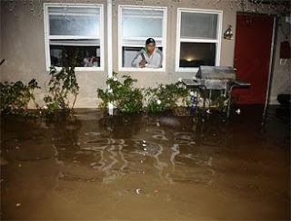 Vanowen Street Under Water!